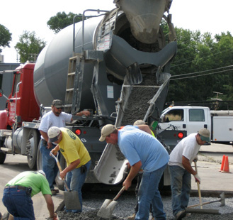 Demonstration of pervious concrete installation